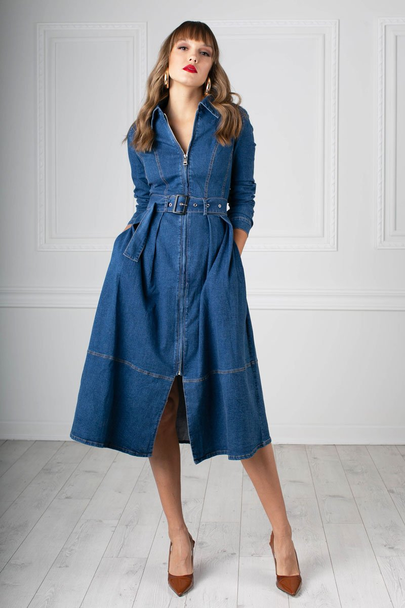 MIDI denim dress with long sleeve, lapel collar, side pockets, belt
